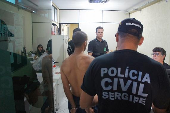 POLÍCIA CIVIL DE SERGIPE PRENDE 37 PESSOAS APREENDE VEÍCULOS, DOCUMENTOS, DINHEIRO E ARMA DE FOGO DURANTE OPERAÇÃO