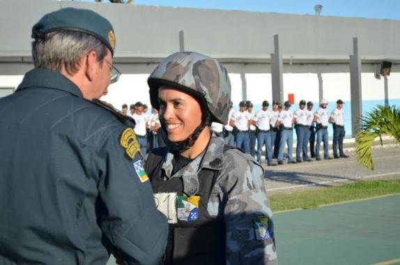 POLICIAL FEMININA É DESTAQUE DE OPERAÇÕES  DE CHOQUE DA POLÍCIA MILITAR