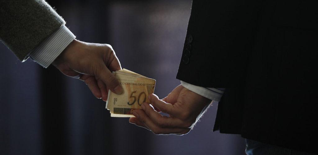 COM MENOS EXPORTAÇÕES, PREÇO DO FRANGO PODE FICAR 12% MAIS BARATO ATÉ JUNHO