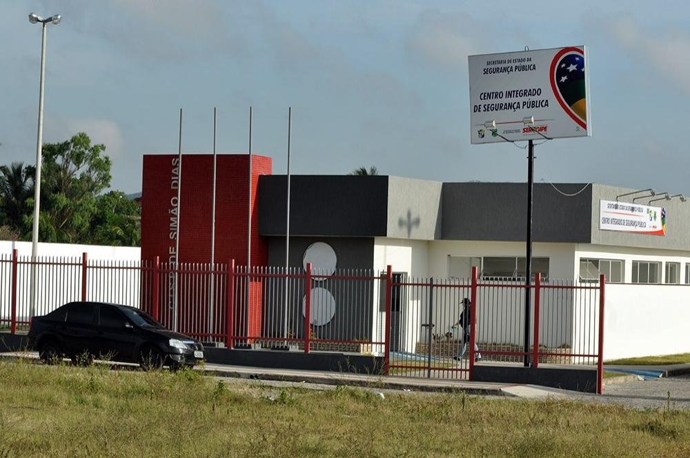 SUSPEITO DE MATAR IRMÃO A FACADA SE APRESENTA NA DELEGACIA DE SIMÃO DIAS