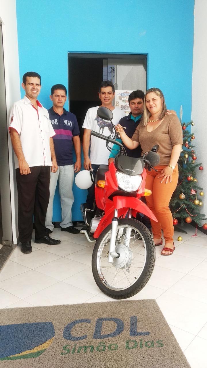 CDL DE SIMÃO DIAS ENTREGA PRÊMIOS ÀS GANHADORAS DO 13º FESTIVAL