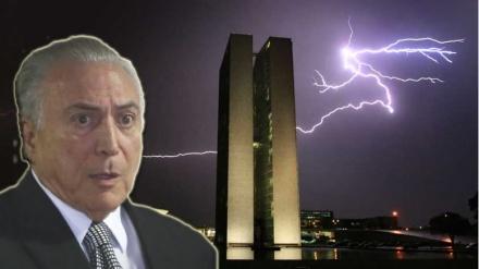 RAIO ATINGE PALÁCIO DO JABURU E ASSUSTA PRESIDENTE MICHEL TEMER