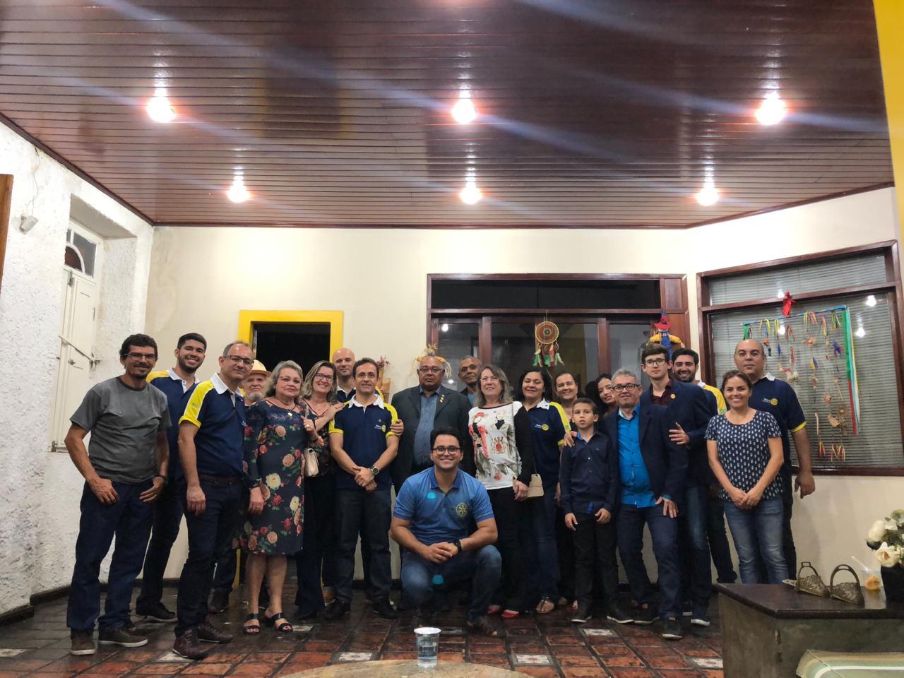 SIMÃO DIAS: ROTARIANOS RECEBEM VISITA DE CORTESIA DO CLUB DE ITABAIANA