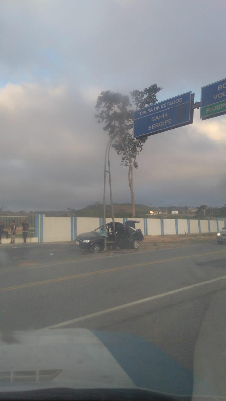 PARIPIRANGA: FATAL ACIDENTE OCORRE NA MADRUGADA; UM MORTO
