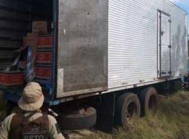 BAHIA: POLÍCIA RECUPERA CAMINHÃO ROUBADO NA BR – 101 COM CARGA ALIMENTÍCIA