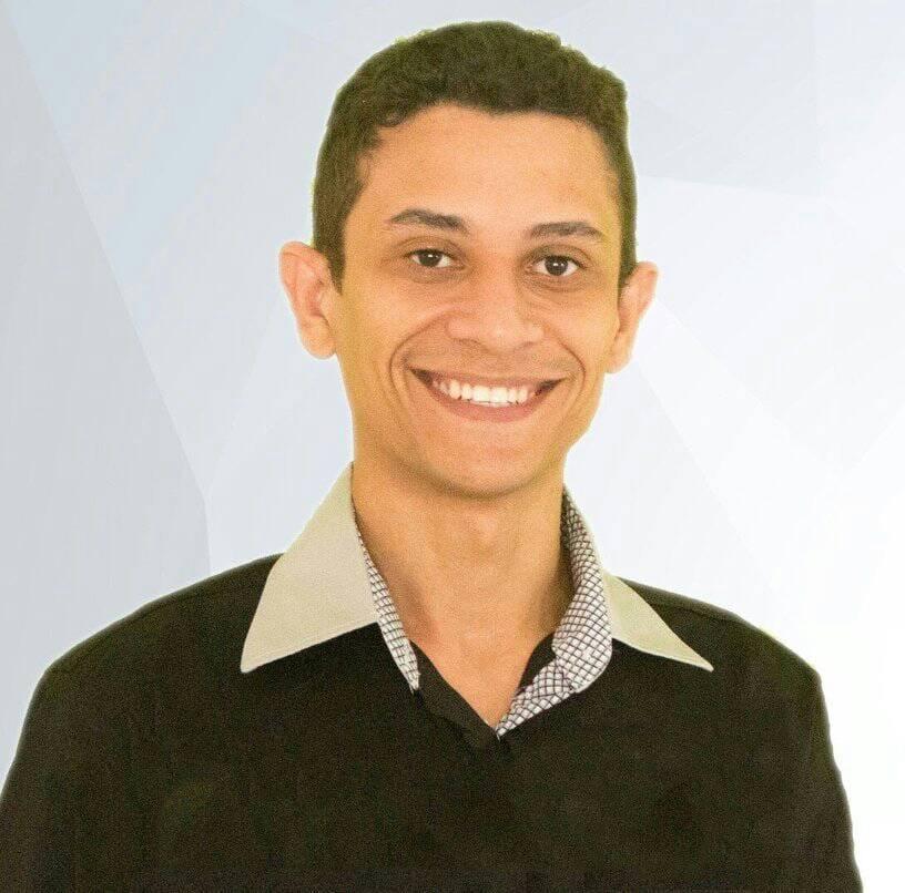SONHOS NEGROS: SIMÃODIENSE JAQUIEL SILVA LANÇA SUA SEGUNDA OBRA LITERÁRIA