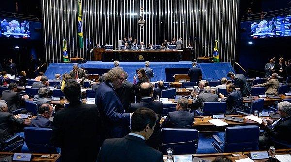 ARMA: SENADO PODE DERRUBAR DECRETO SOBRE PORTE E POSSE