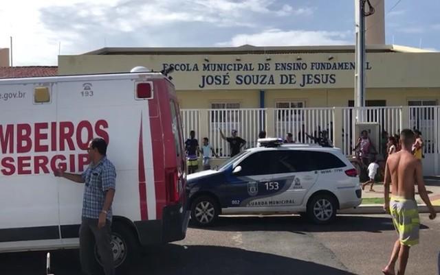 TRAGÉDIA: BOMBEIRO MATA EX A TIROS E SE MATA EM FRENTE A ESCOLA