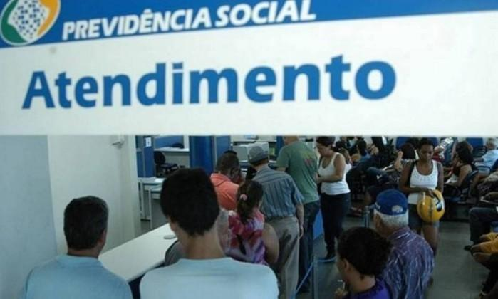 INSS: SERVIÇOS DEVEM SER REALIZADOS SOMENTE NA INTERNET OU PELO TELEFONE 135