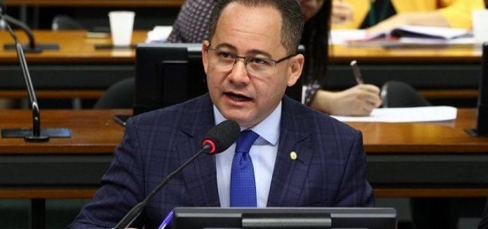 CÂMARA: PROJETO PERMITE QUE DEPARTAMENTOS DE TRÂNSITO PARCELEM MULTAS