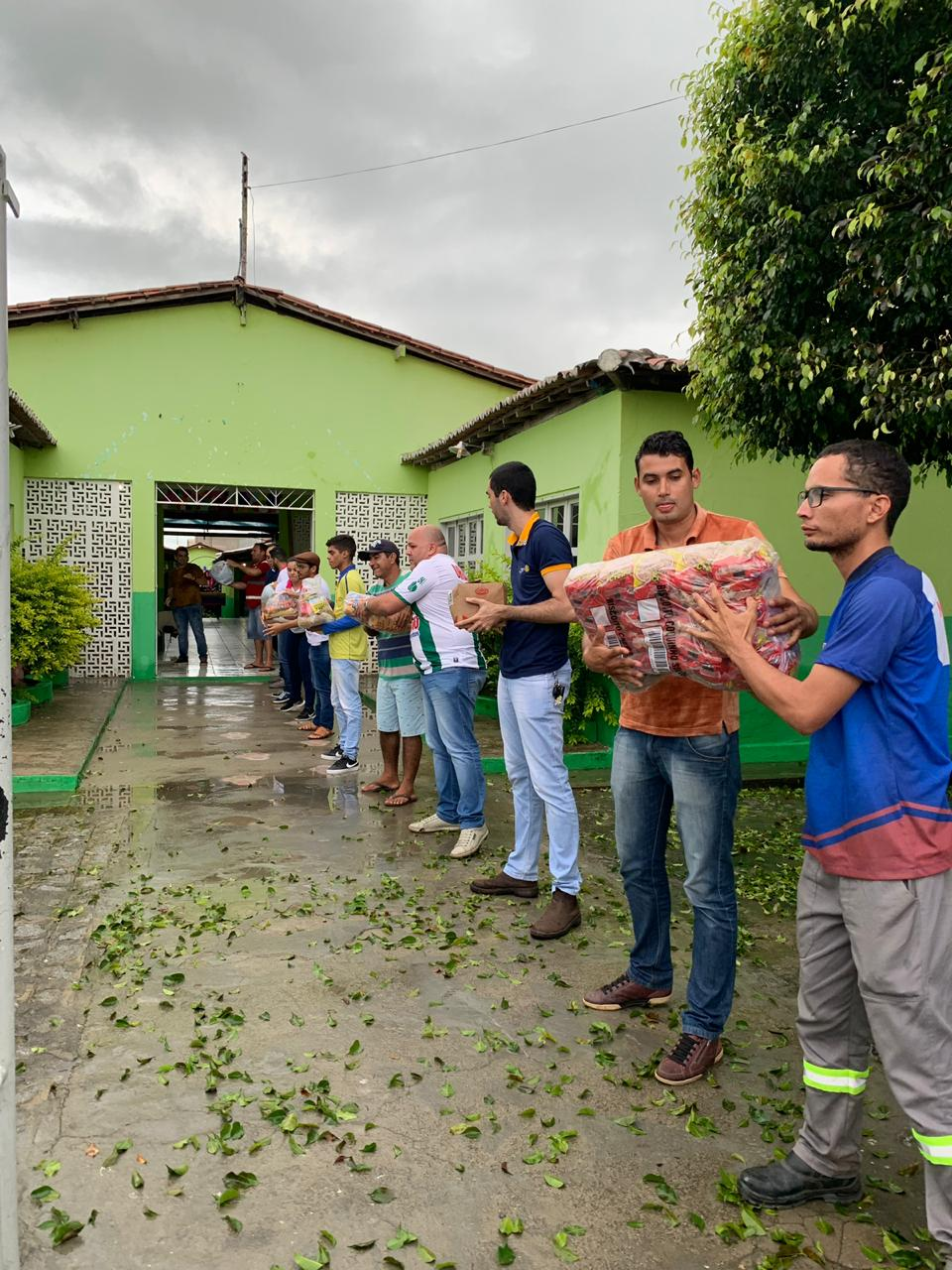 CORONEL JOÃO SÁ (BA): ROTARY MOBILIZA PARCEIROS E LEVA SOLIDARIEDADE E AJUDA ÀS VÍTIMAS DE ENXURRADA