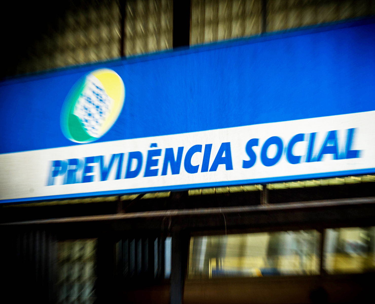 PREVIDÊNCIA: SENADO DEBATE TEXTO DA REFORMA