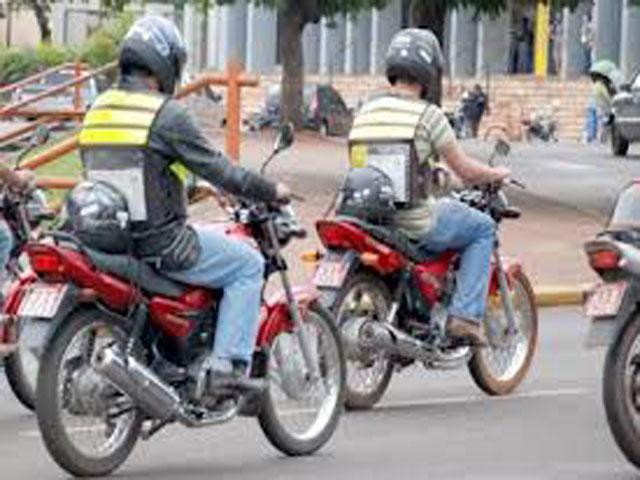 SIMÃO DIAS: MOTOTÁXIS CLANDESTINOS TERÃO 3 MESES PARA SE ADEQUAR; LEIA TERMO E ENTENDA