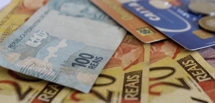 SALÁRIO MÍNIMO: CONGRESSO NACIONAL APROVA R$ 1.040 PARA 2020