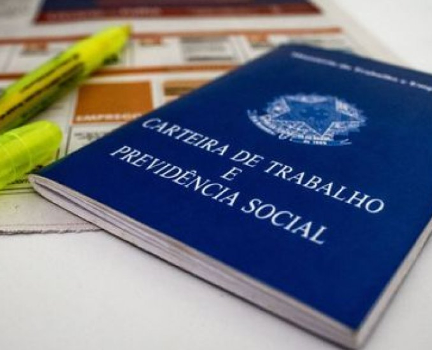 SEGURO-DESEMPREGO: GOVERNO ANALISA DERRUBAR TAXAÇÃO