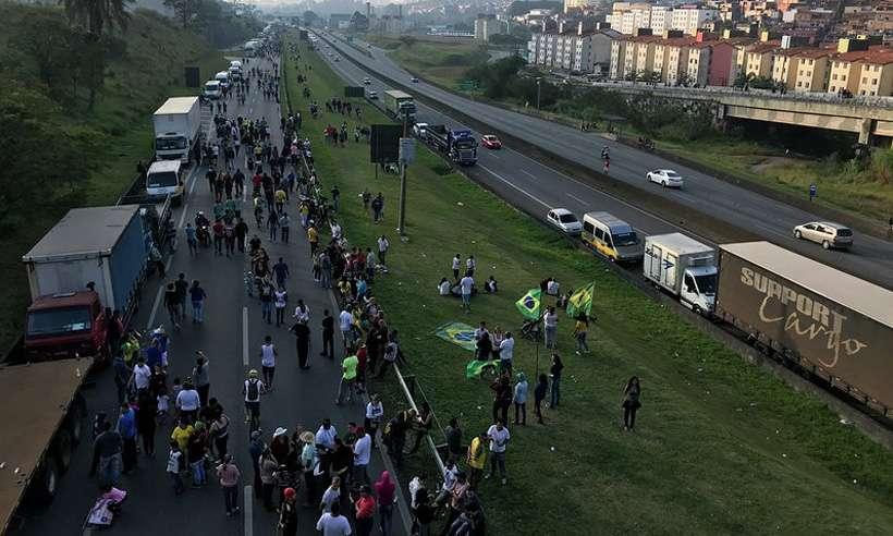 CAMINHONEIROS: NOVA TENTATIVA DE PARALISAÇÃO NACIONAL DEVE OCORRER NESTA SEGUNDA, 16