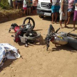 MACAMBIRA: COLISÃO ENTRE DUAS MOTOS DEIXA UM MORTO E TRÊS FERIDOS