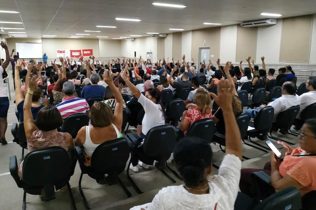 SERGIPE: PROFESSORES DA REDE ESTADUAL DE ENSINO ENCERRAM GREVE E VIGÍLIA