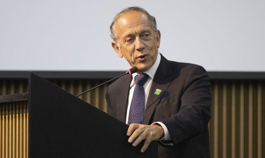 FUTEBOL: WALTER FELDMAN DIZ QUE AINDA NÃO TEM DATA PARA RETORNO NO BRASIL