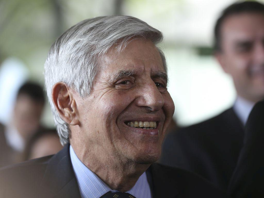 CÚPULA MILITAR: REUNIÃO NO PALÁCIO DO ALVORADA PARA DISCUTIR RUMOS DO PAÍS