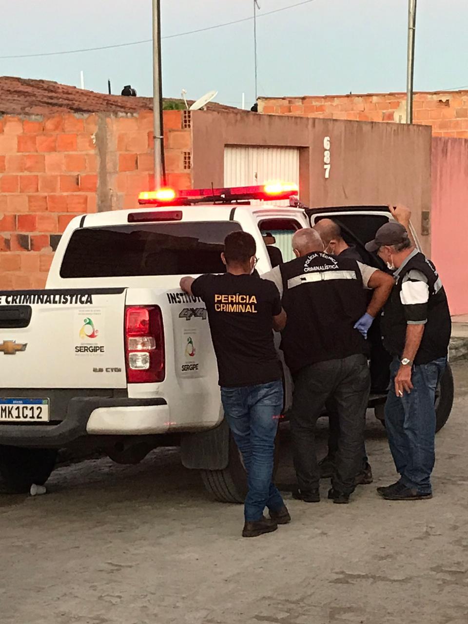 SIMÃO DIAS: DELEGADO TRAZ DETALHES SOBRE INVESTIGAÇÕES DA MORTE DE GAROTA DEGOLADA