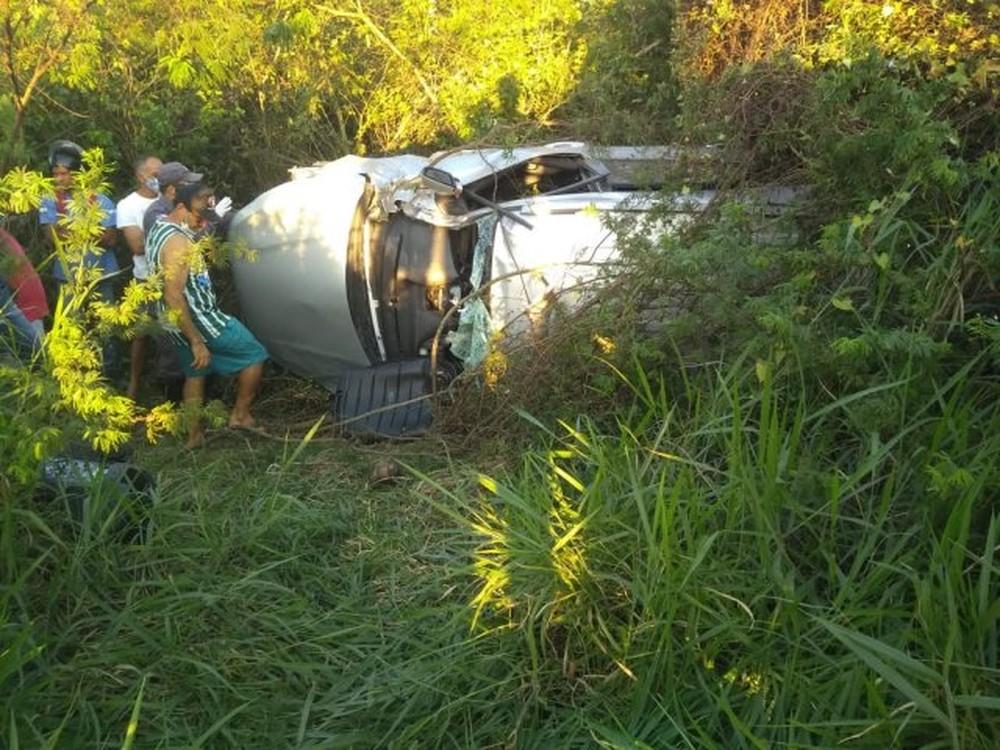 CHICANA: CANTOR DA BANDA MORRE EM ACIDENTE DE CARRO NA BR-116