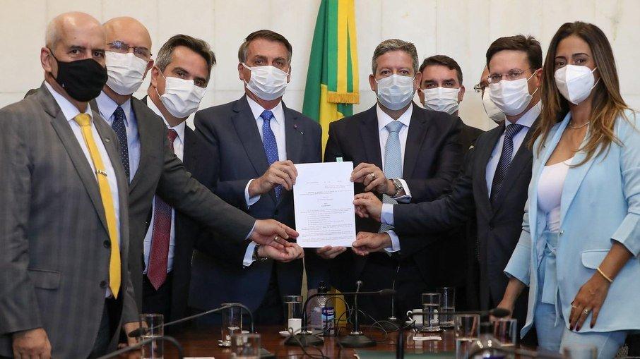 BOLSA FAMÍLIA: GOVERNO PODE NÃO REAJUSTAR VALOR, APENAS AUMENTAR NÚMERO DE BENEFICIÁRIOS