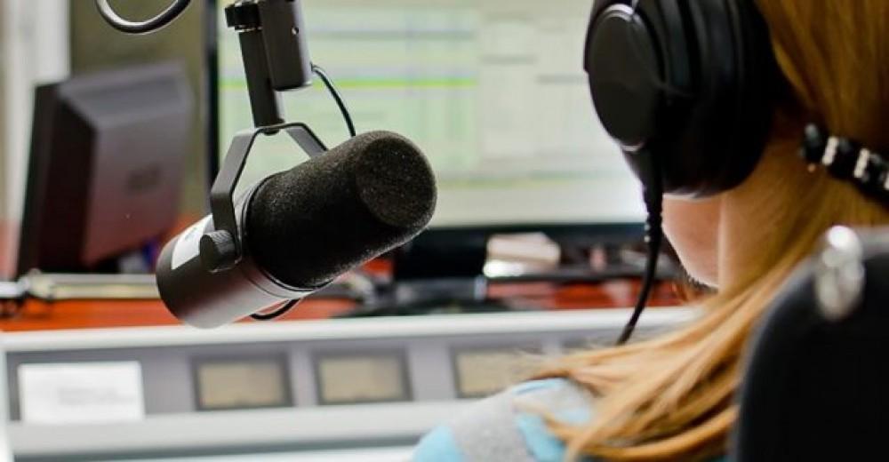 RÁDIO: VEÍCULO CONQUISTA MAIS ANUNCIANTES