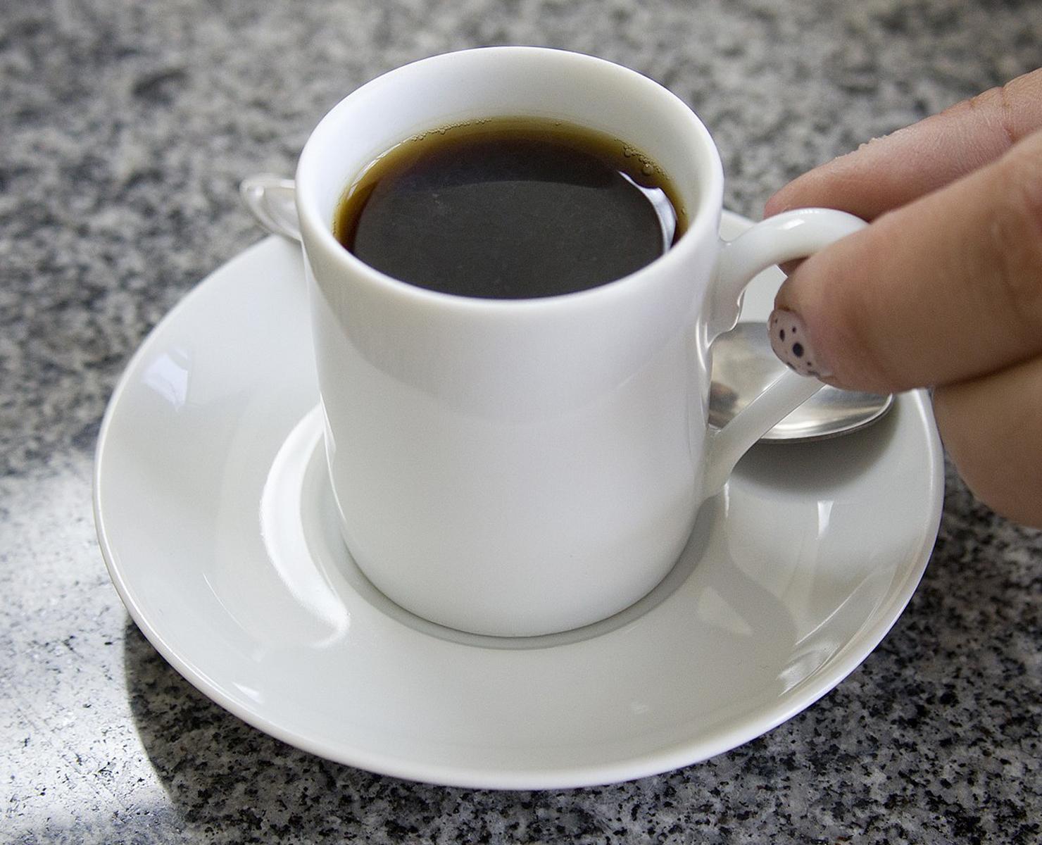 CAFÉ DA MANHÃ: 9,4% MAIS CARO PRO BRASILEIRO
